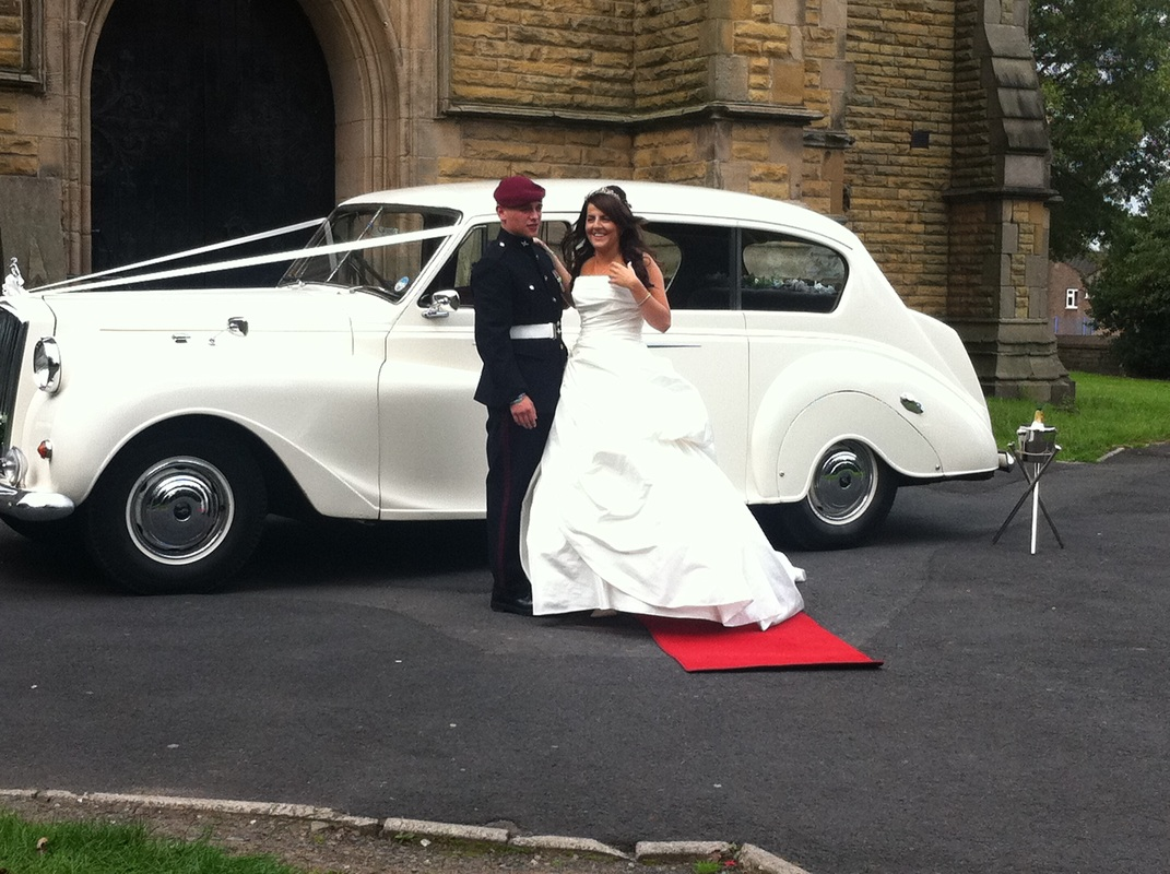 Chauffeured Wedding Cars - Limo Hire Leicester | Limos in Leicester